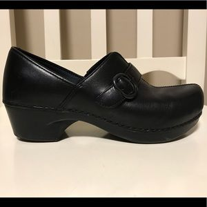 Dansko Black Leather Clog Size 38